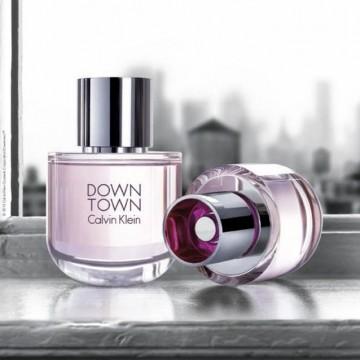 Момичето от Downtown на Calvin Klein