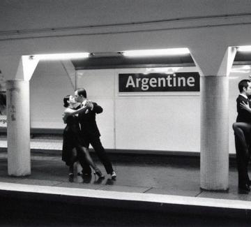 Фантазии в парижкото метро