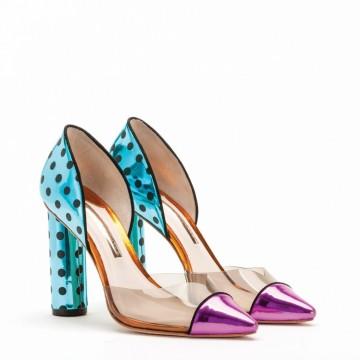 Обувките на Sophia Webster