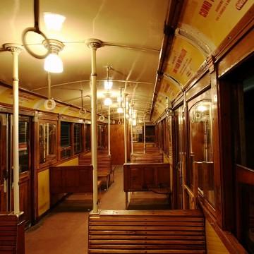 Старите вагони на метрото в Буенос Айрес стават библиотеки