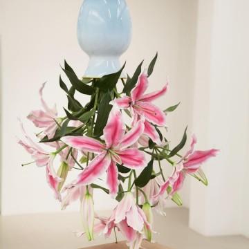 Бронзови цветя