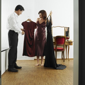 Етикетът при облеклото при официални поводи