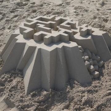 Пясъчни замъци в очакване на лятото