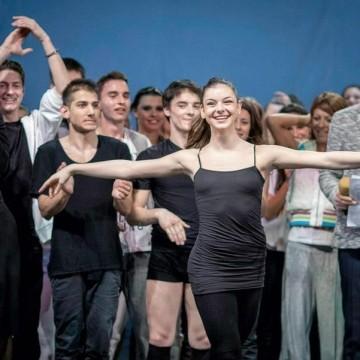 Балерината Андрея Андонова за руската и американската балетна школа