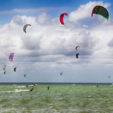 Tанцувам с вятъра в лазурното Карибско море...