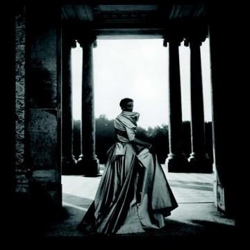 Dior в обектива на великите фотографи