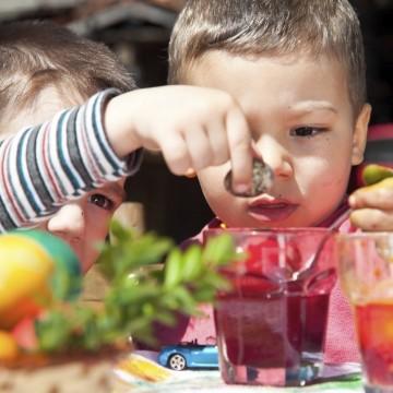 Пет забавления, които може да осигурите на своите деца през празниците