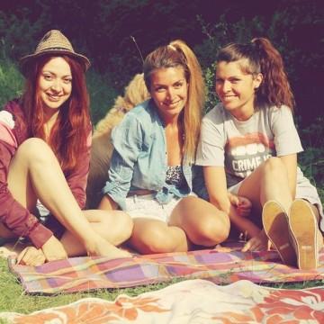 Момичета на пикник