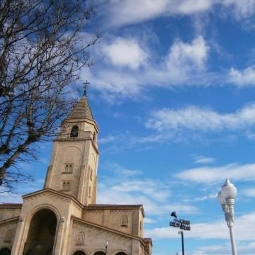 Хихон, градът на спокойствието и цъфналите магнолии