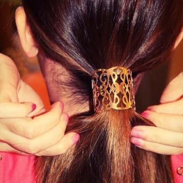 Наръчник за прически: С ефектен ластик за коса