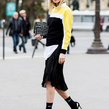Вдъхновени от улицата: Как се носи плисирана пола?