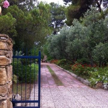 Гръцките цветни градини