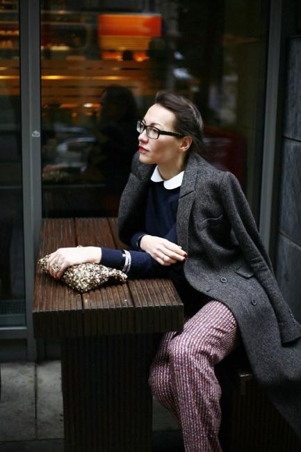 """Вдъхновени от улицата: Как се носи бяла яка тип """"Питър Пан""""?"""