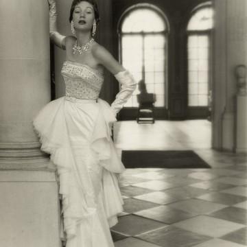 Френската мода през 50-те години - съвършенство извън времето