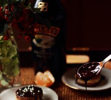 "Шоколадови десерти брауни с крем ""Бейлис"""