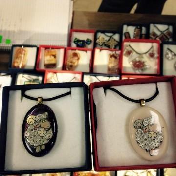 "Красивите стъклени украшения на Арт глас студио ""Светлана"""