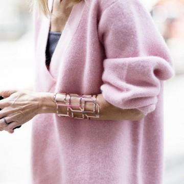 Вдъхновени от улицата: Как се носи бледорозово?