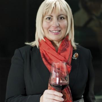 """Вили Гълъбова: """"Мит е, че доброто вино трябва да е плътно, тежко и високоалкохолно"""" (Част 1)"""
