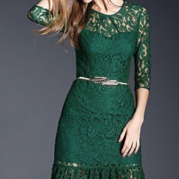 Находка на деня: Красива дантелена рокля
