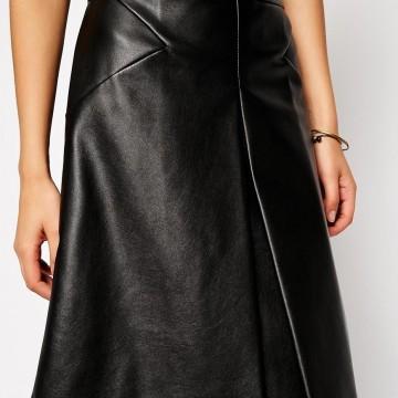 Красива пола от изкуствена кожа с А-кройка