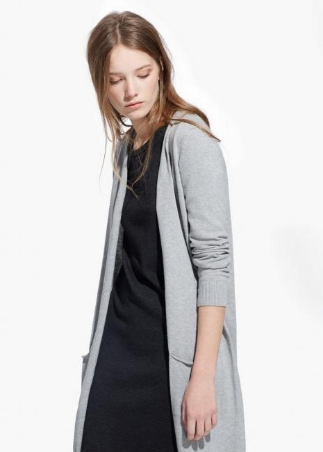 Десет страхотни дълги жилетки, които може да откриете в магазините