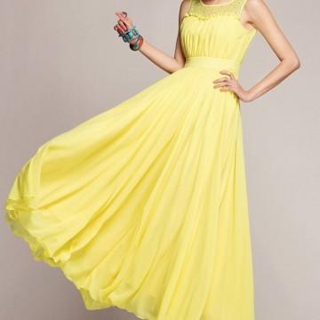 Ефирна рокля от жълт шифон