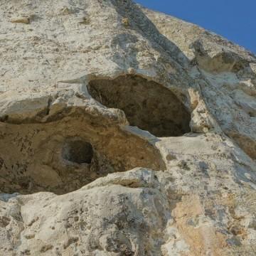 Скалните манастири край Провадия