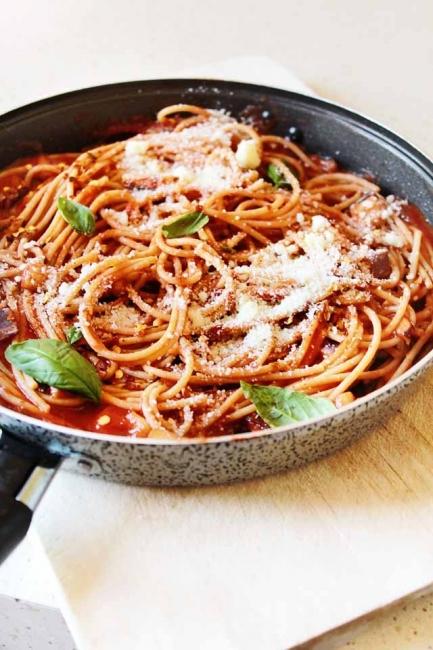 Италиански дни: Паста със сос от патладжани и домати