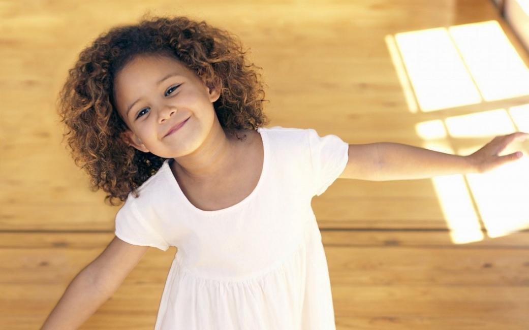 Академия за родители: Ранни белези за нарушено развитие при децата