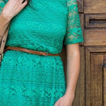 Моята любима зелена дантелена рокля