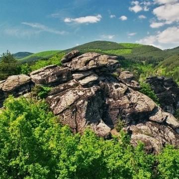 Праисторическо и тракийско светилище в местността Градище, с. Долно Дряново