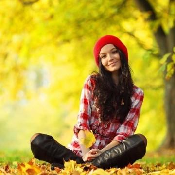 Подаряваме ви доза пчелен тонус за есента от Апимед