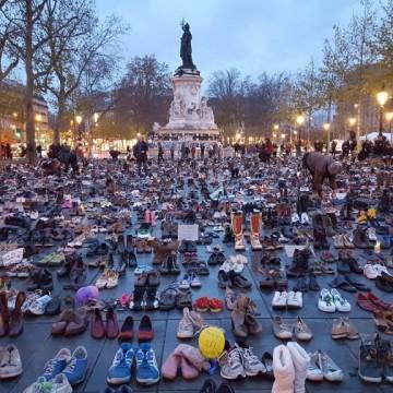 Обувки вместо шествие