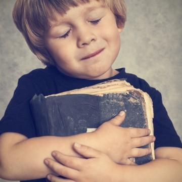 5 книги, които да прочетете с децата по празниците