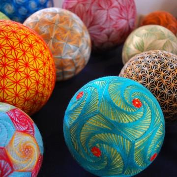 Японски новогодишни топки