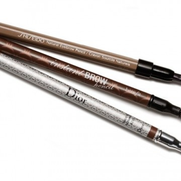 Грешките, които всички допускаме с молива за вежди