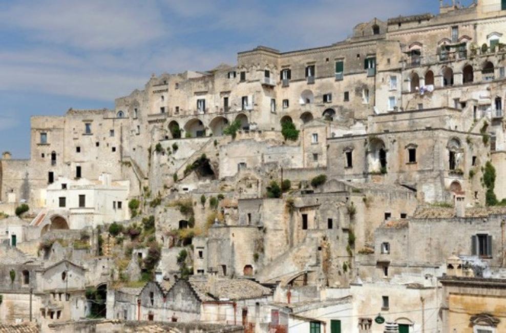 Скалният хотел в Южна Италия