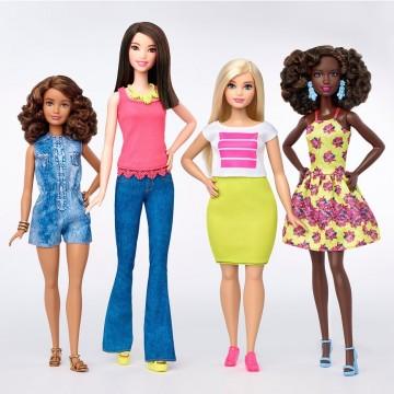 Новите кукли Барби - нормални или... дебели?