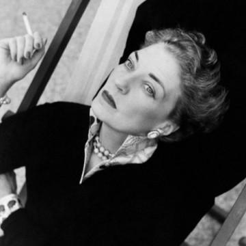Мона фон Бисмарк – Бялата графиня