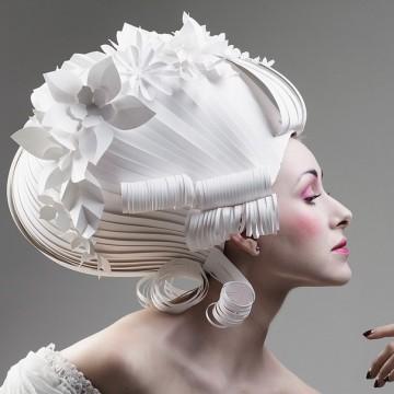 Бароковите перуки от хартия на Ася Козина