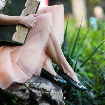 Кипра - обувки и чанти с характер!