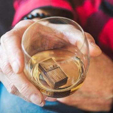 WooWhiskey и старата любов между дъба и уискито