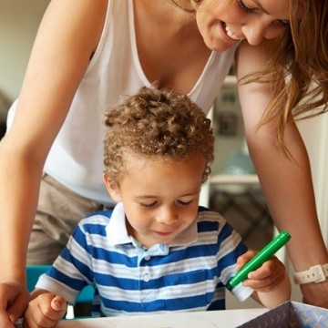 Работеща майка: колко трудно е всъщност?