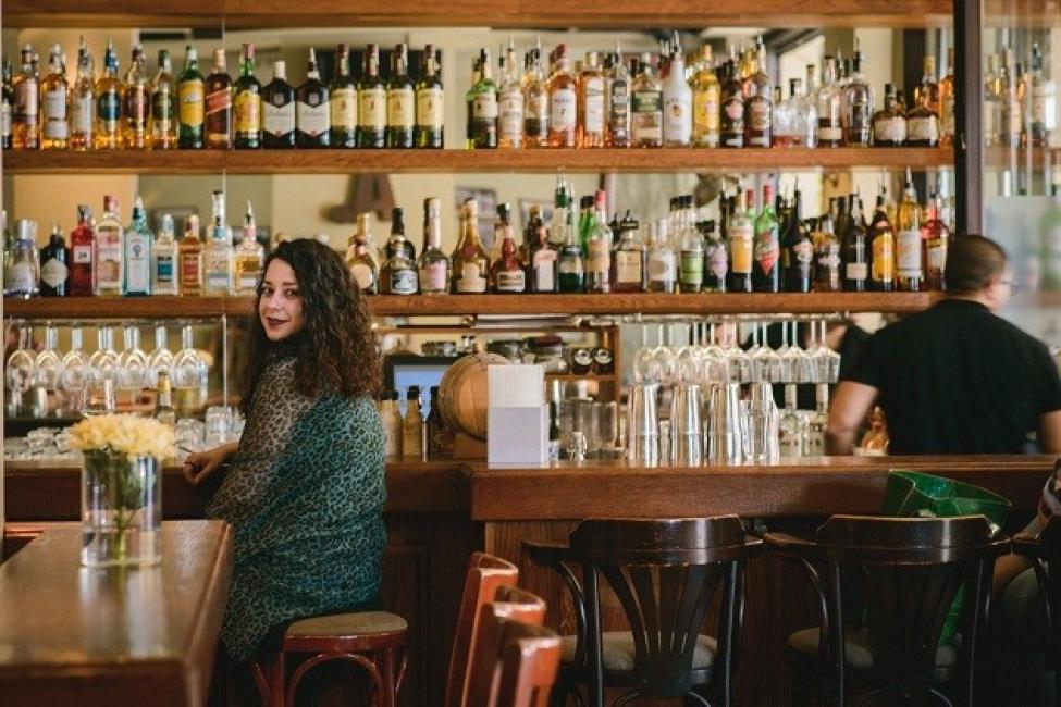 """Моят градски маршрут: По """"Шишман"""" до един уютен и обичан бар"""