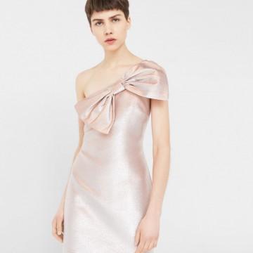 25 красиви рокли, които може да купите с намаление от Mango