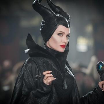 Анджелина Джоли се завръща