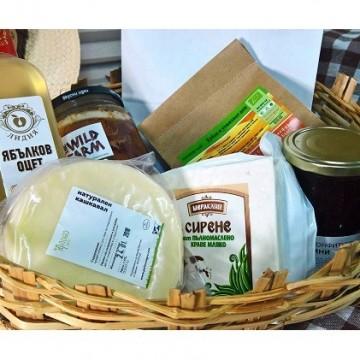 Подаряваме ви кошница фермерски продукти
