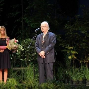 Милен Русков с наградата на Столична община за литература