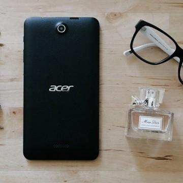 Подаряваме ти таблет Iconia One 7 на Acer