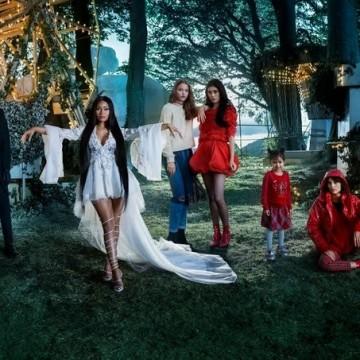 Вижте как Ники Минаж и Джеси Уилямс се превръщат в приказни феи за новото коледно видео на H&M